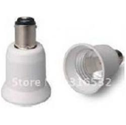 Afbeelding van BA15D naar E14 adapter